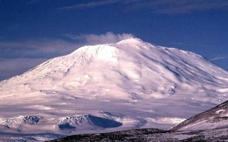 Вулкан Андрус