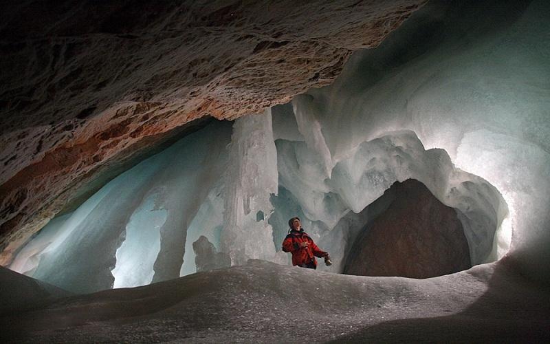 печера Айсризенвельт